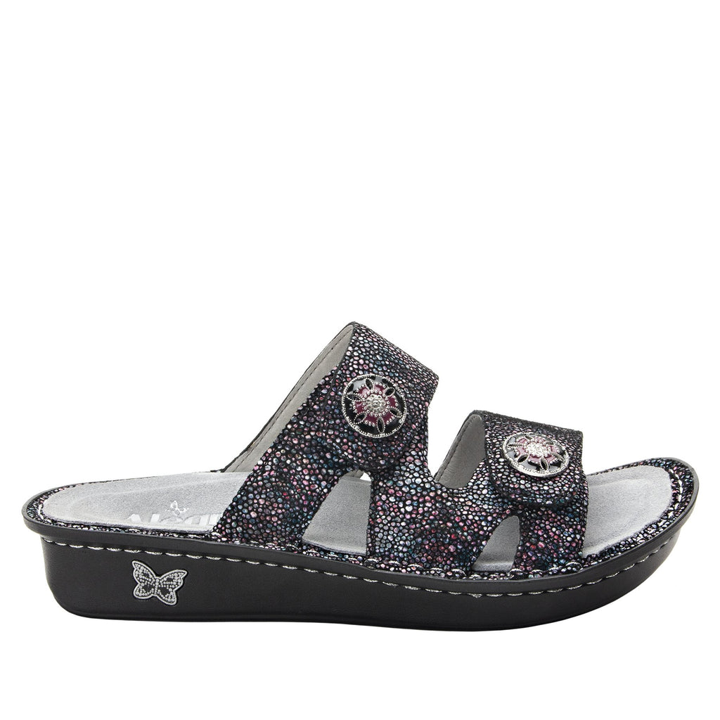 Violette Plum Multi slide sandal with cutout design on mini outsole - VIO-935_S2