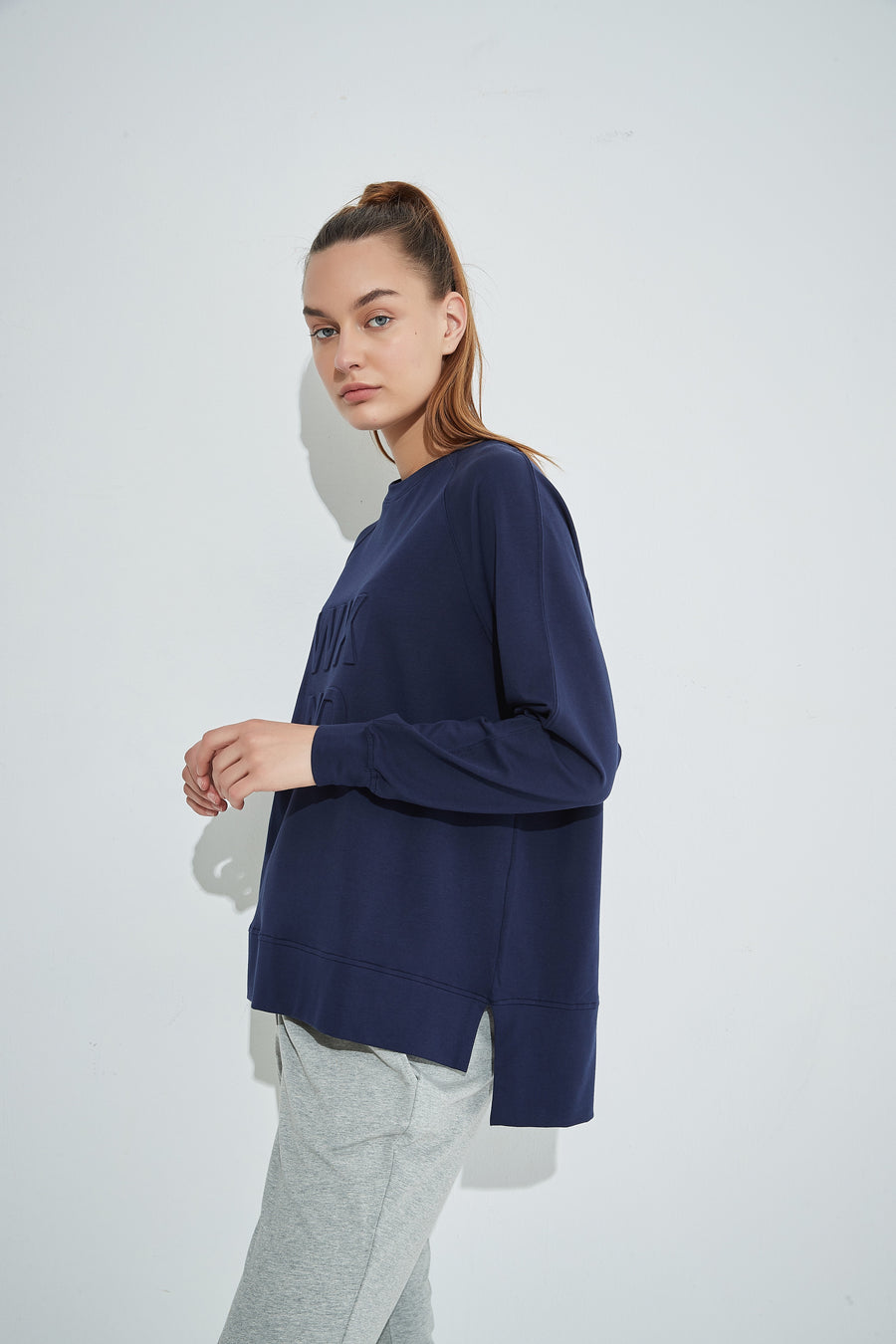 Spring Embossed Sweat -Midnight Blue