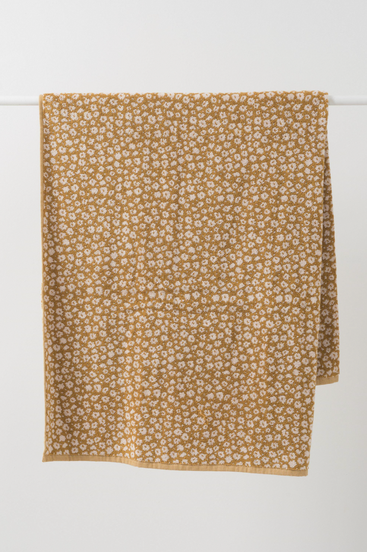 Forget Me Knot Bath Towel - Citron