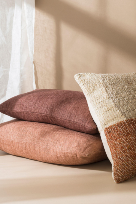 Linen/Jute Cushion - Plum