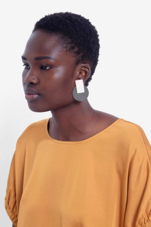 Anni Earrings - Nude/Olive
