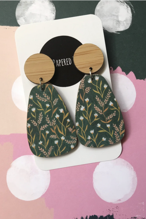 Curvy Drop Earrings - Green Wheat - Mookah