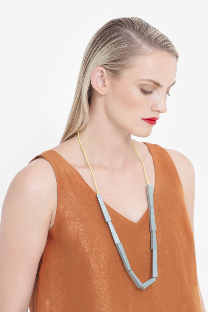 Vakern Necklace - Grey/Mustard