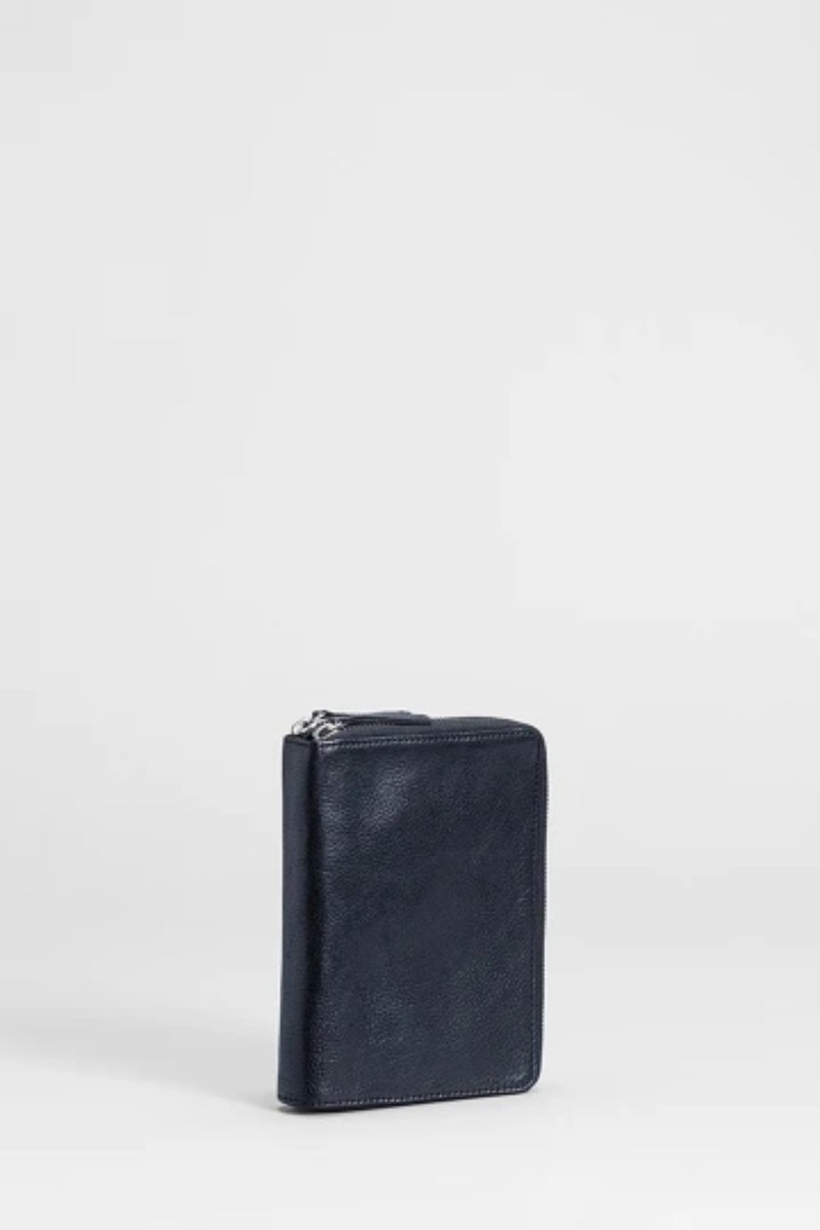 Arien Passport Wallet - Shop Online At Mookah - mookah.com.au