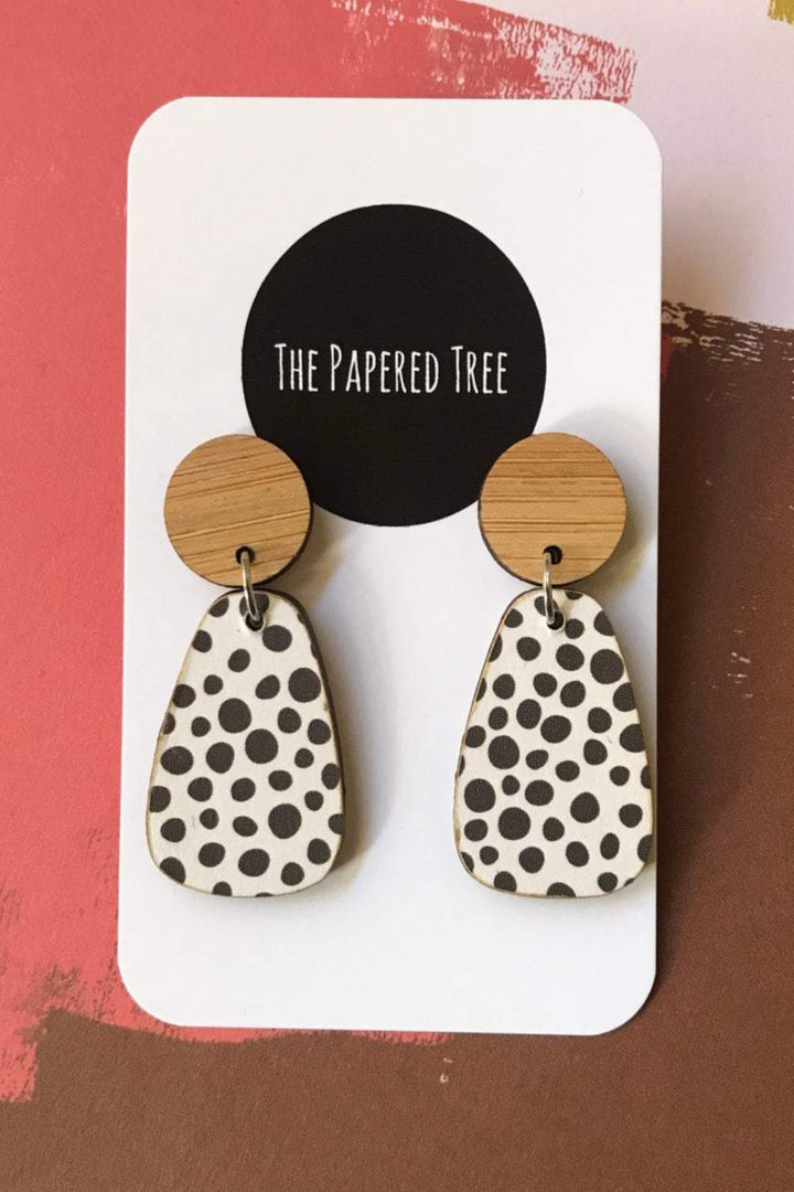 Curvy Drop Earrings - Black Spot - Shop Online At Mookah - mookah.com.au
