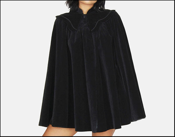 FRIDAY FEATURE - VELVET CAPE