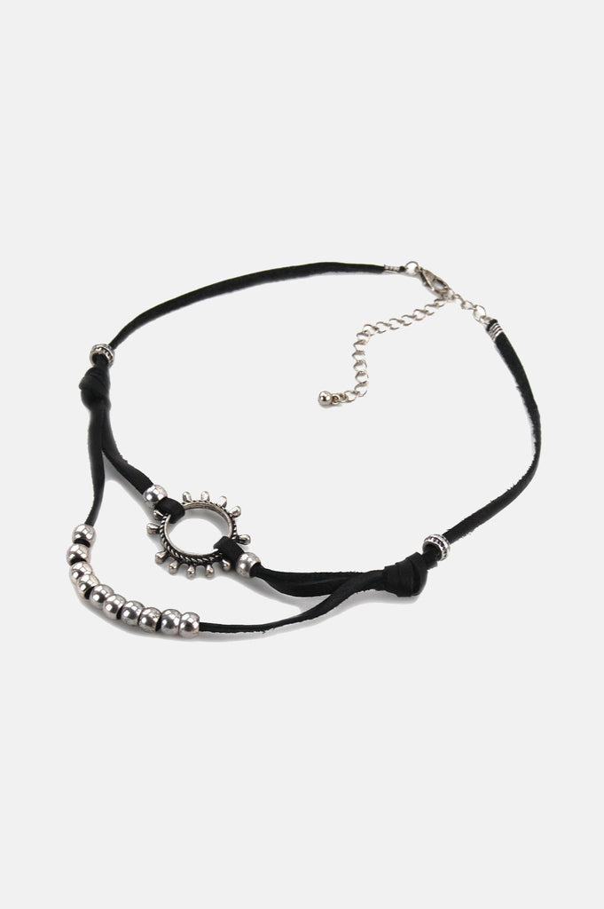 One More Chance Vintage - The Rising Sun Knotted Leather Choker in Black