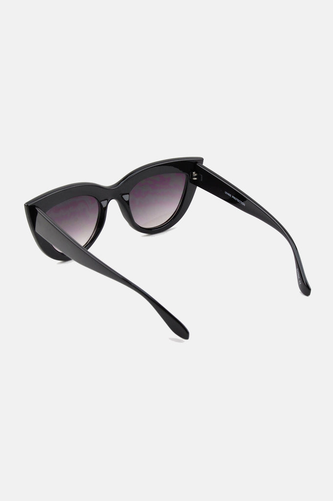 One More Chance Boutique - Kitty Cat Eye Sunglasses in Shiny Black