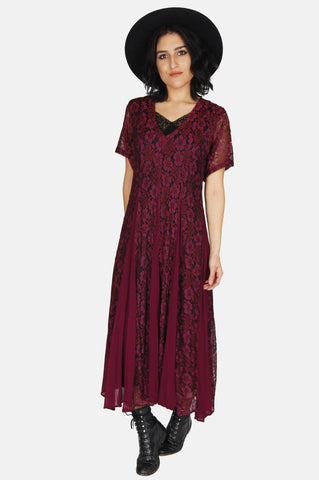 One More Chance Vintage - Vintage Jacqueline Panneled Floral Lace Maxi Dress