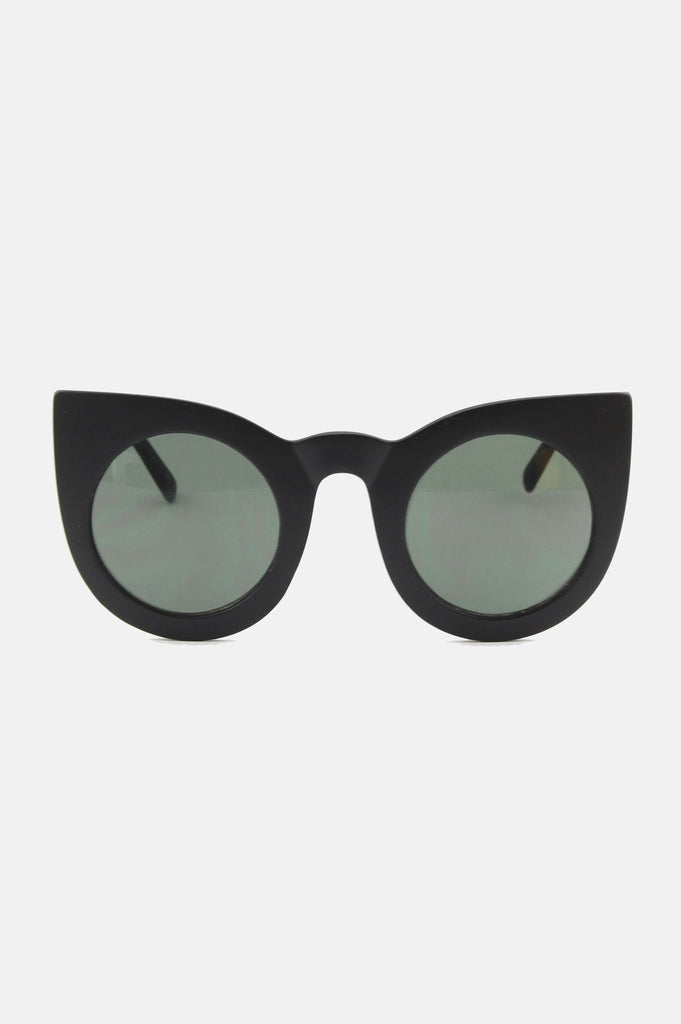 One More Chance Vintage - The Jane Retro Sunglasses in Matte Black