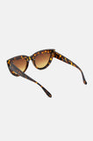 One More Chance Boutique - Kitty Cat Eye Sunglasses in Dark Tortoise