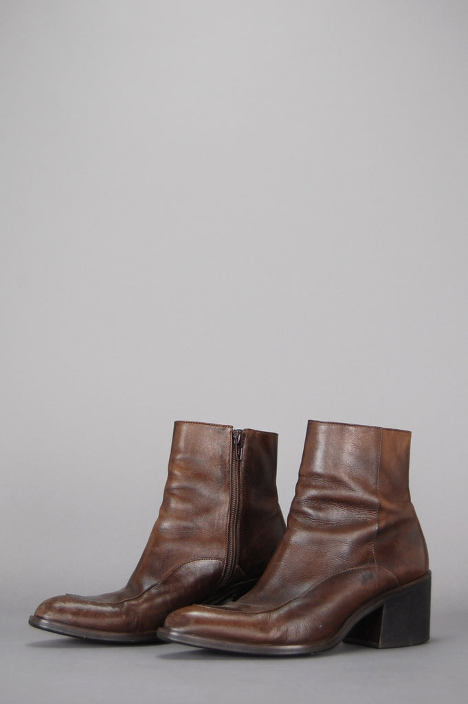 One More Chance Vintage - Vintage Carry On Leather Pointed Ankle Boots