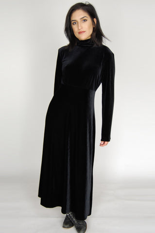 One More Chance Vintage - Vintage RJ Co Black Velvet Long Sleeve Maxi Dress