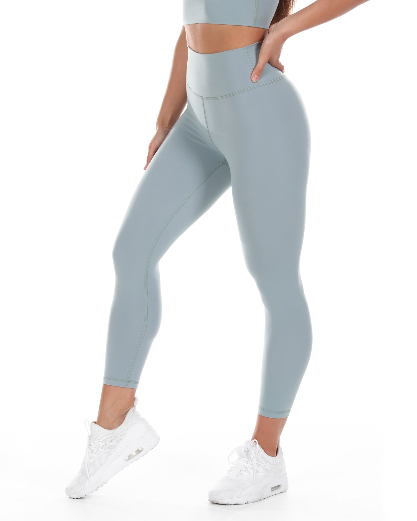 7/8 Aura Leggings - Pale Sage