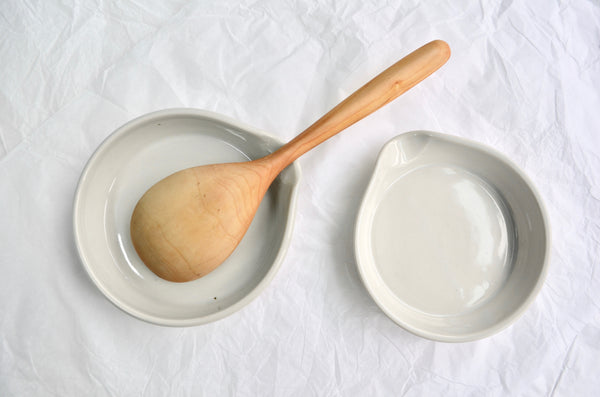 Ceramic handmade spoon rest by Nobuhito Nishigawara in Singapore