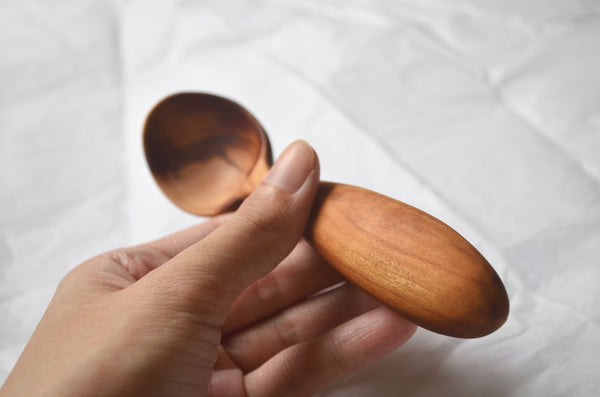 Hand carved wooden scoop Singapore - Eat & Sip handmade