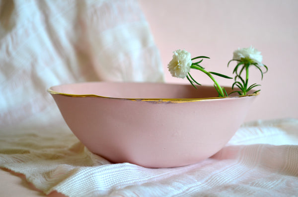Pottery bowls with gold rim | Shop handmade tableware
