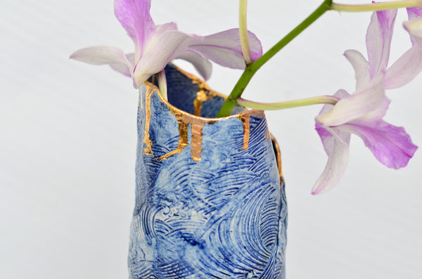 Ceramic handmade wave vase with gold lustre | Singapore pottery