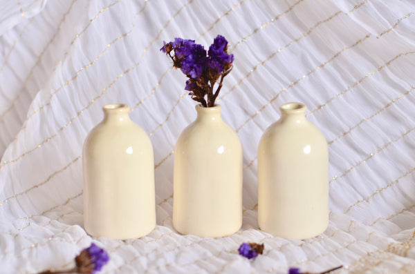 Handmade ceramic bud vase Singapore - Eat & Sip