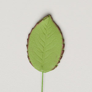 "1.75"" Rose Leaves - Medium - Green w/ Wire (100 per box)"