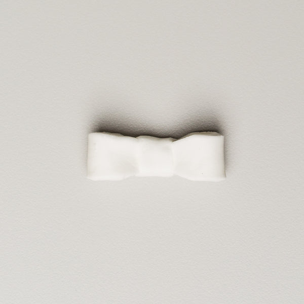 "Bows 1.5"" - Small - White (128 per box)"
