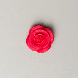 "1"" Small Classic Royal Icing Rose - Red (132 per box)"