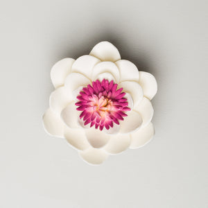 "2.5"" Lotus - White (16 per box)"