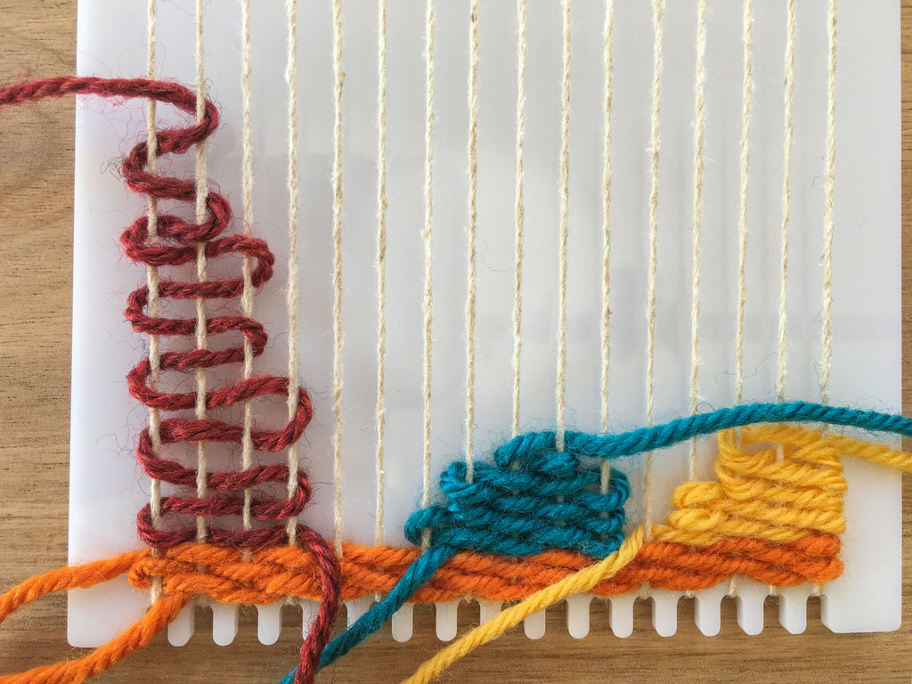 Weaving a shape on the frame loom