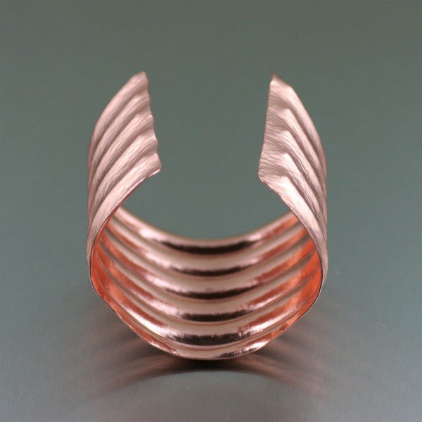 Hammered Copper Wave Cuff Bracelet – Opening