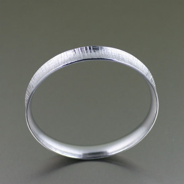 Linen Aluminum Bangle Bracelet – Front View