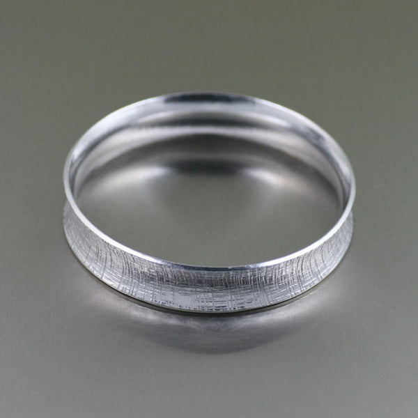 Linen Aluminum Bangle Bracelet – Side View 1