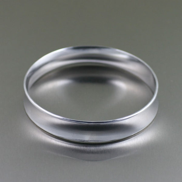 Polished Aluminum Bangle Bracelet – Side View
