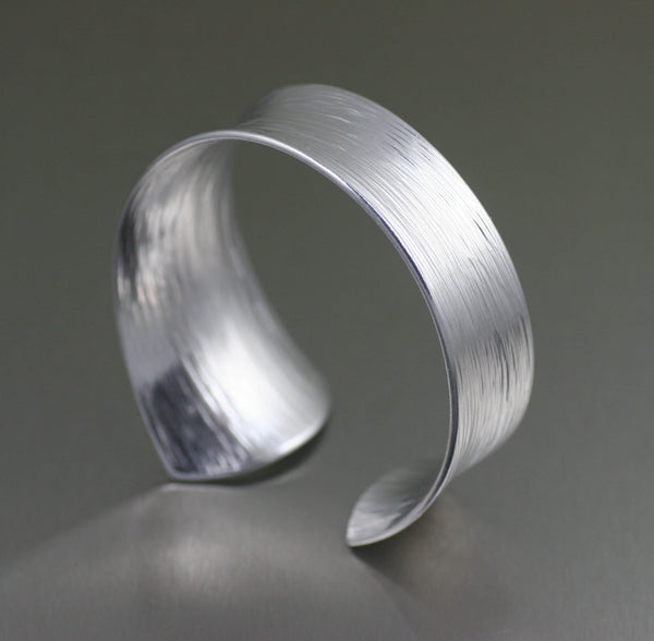 Tapered Bark Anticlastic Aluminum Bangle Bracelet – Right Side View