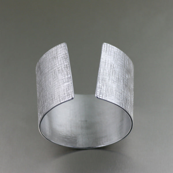 Aluminum Cuff with Linen Texture - Cuff Opening