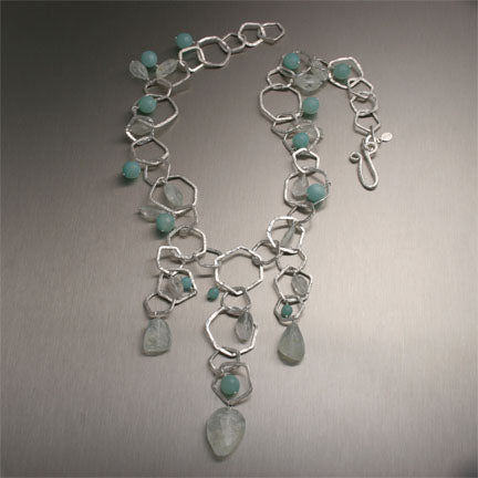 Hammered Fine Silver Necklace set with Faceted Aquamarine Gemstones