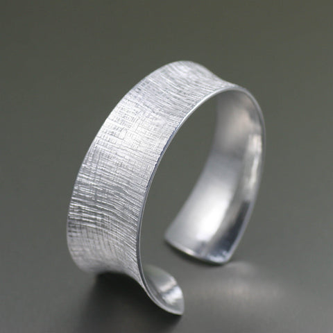 Anticlastic Tapered Linen Aluminum Bangle Bracelet