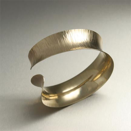 14K Gold Chased Cuff Bracelet