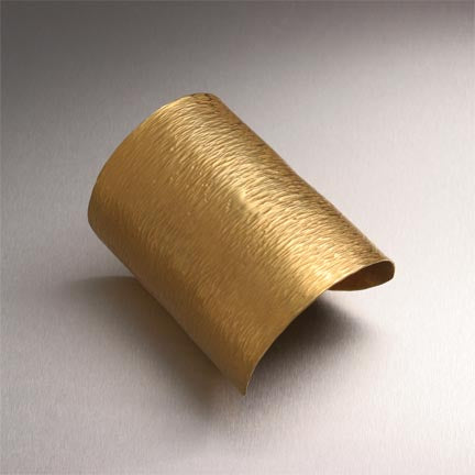 18K Gold Chased Cuff