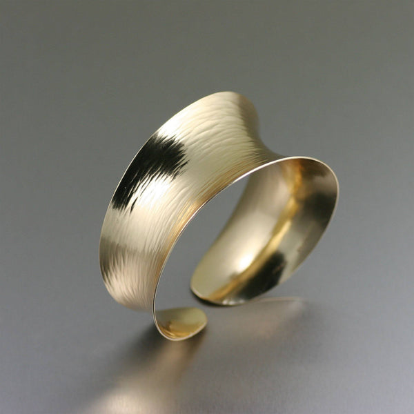Chased Nu Gold Brass Anticlastic Bangle Bracelet - johnsbrana - 1