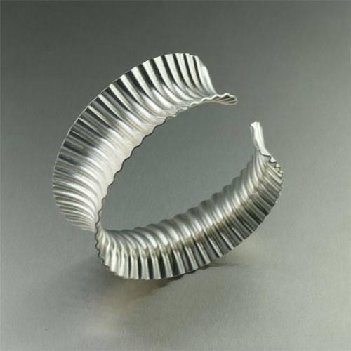 Corrugated Sterling Silver Bangle Bracelet - johnsbrana - 1