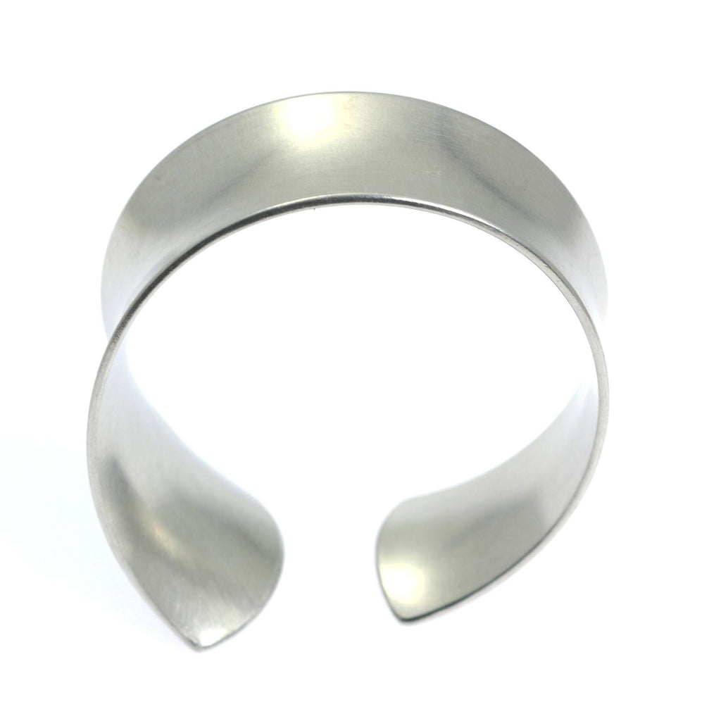 Tapered Brushed Anticlastic Aluminum Bangle Bracelet - johnsbrana - 3