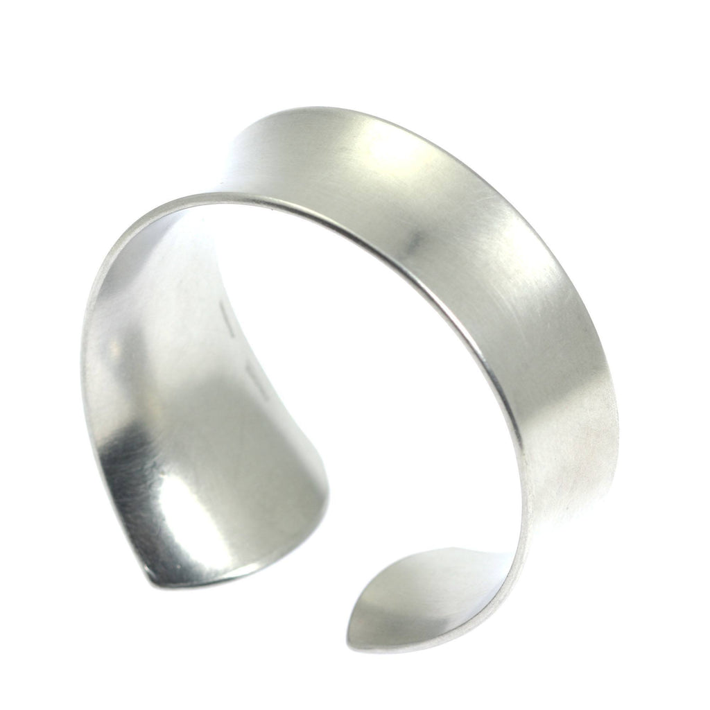 Tapered Brushed Anticlastic Aluminum Bangle Bracelet - johnsbrana - 6