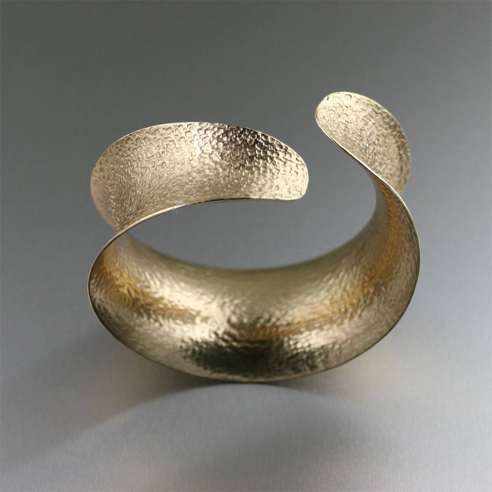 Texturized Nu Gold Brass Anticlastic Bangle Bracelet - johnsbrana - 3
