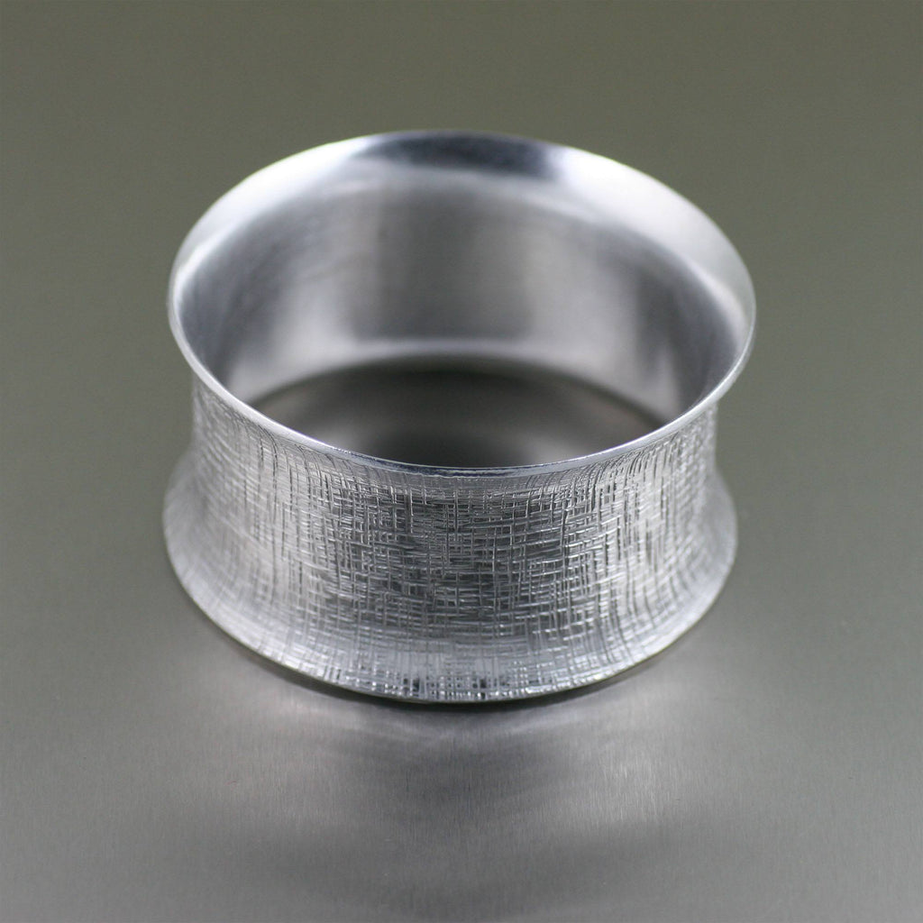 Wide Linen Aluminum Bangle Bracelet - johnsbrana - 4