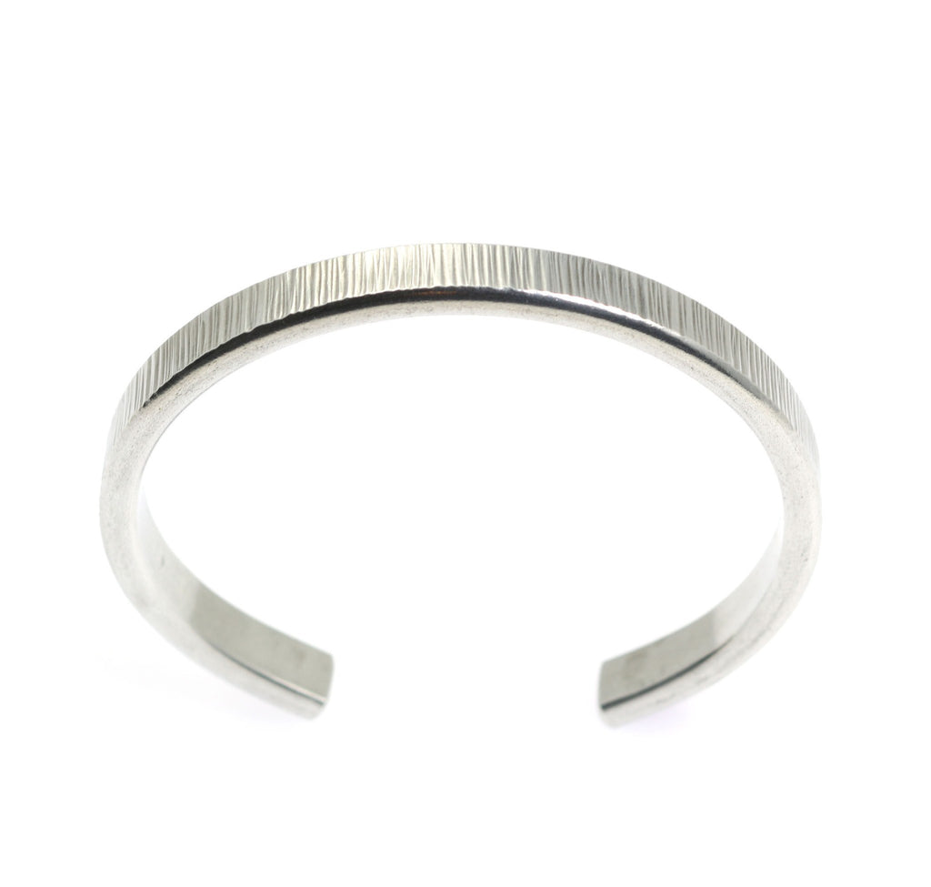 Thin Chased Aluminum Cuff Bracelet - johnsbrana - 3