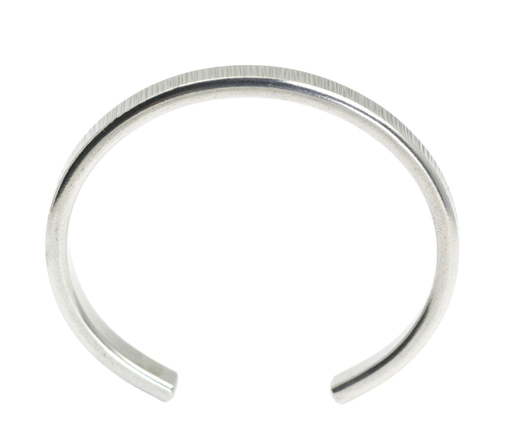 Thin Chased Aluminum Cuff Bracelet - johnsbrana - 4