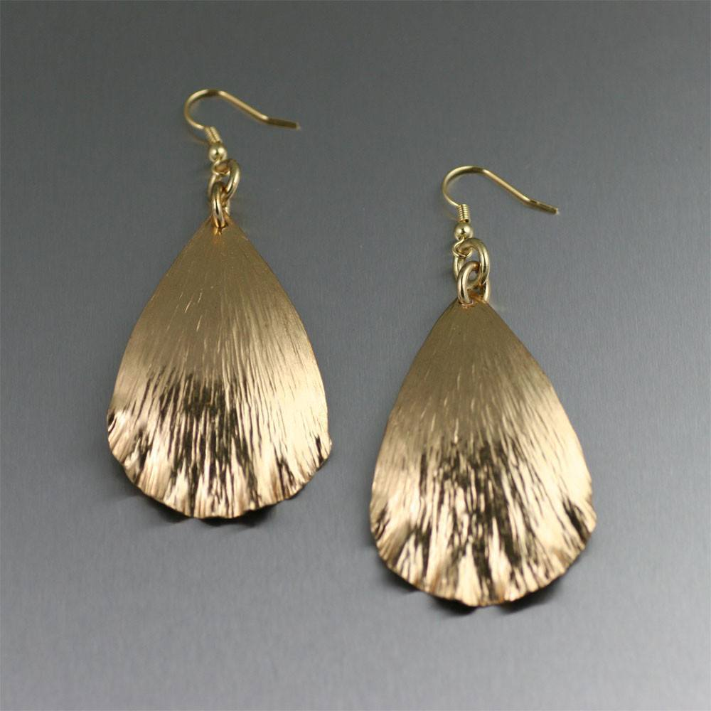 Tear Drop Nu Gold Brass Leaf Earrings - johnsbrana