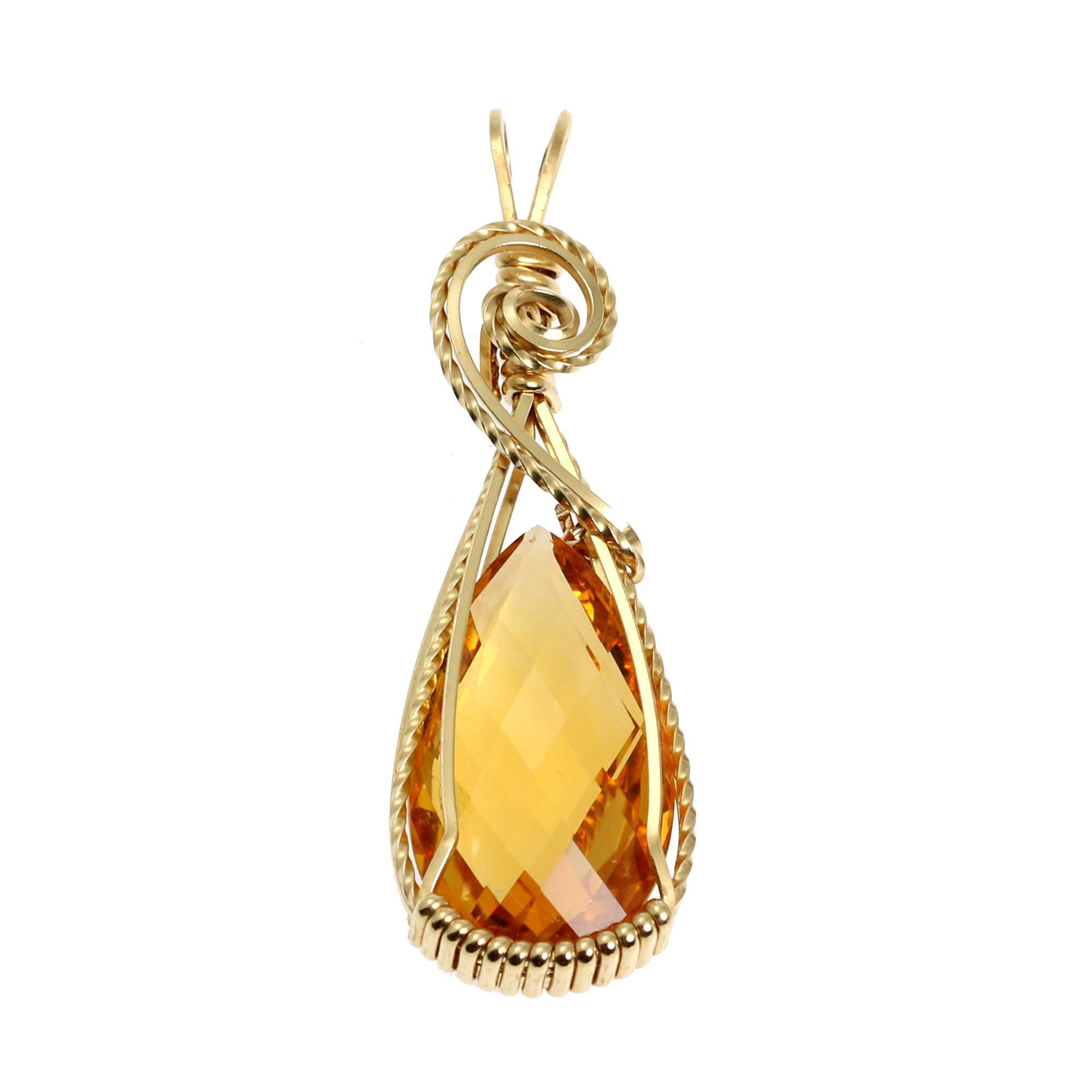 Handmade 14K gold filled wire crochet triangle pendant necklace with 14K gold filled chain SJC10489