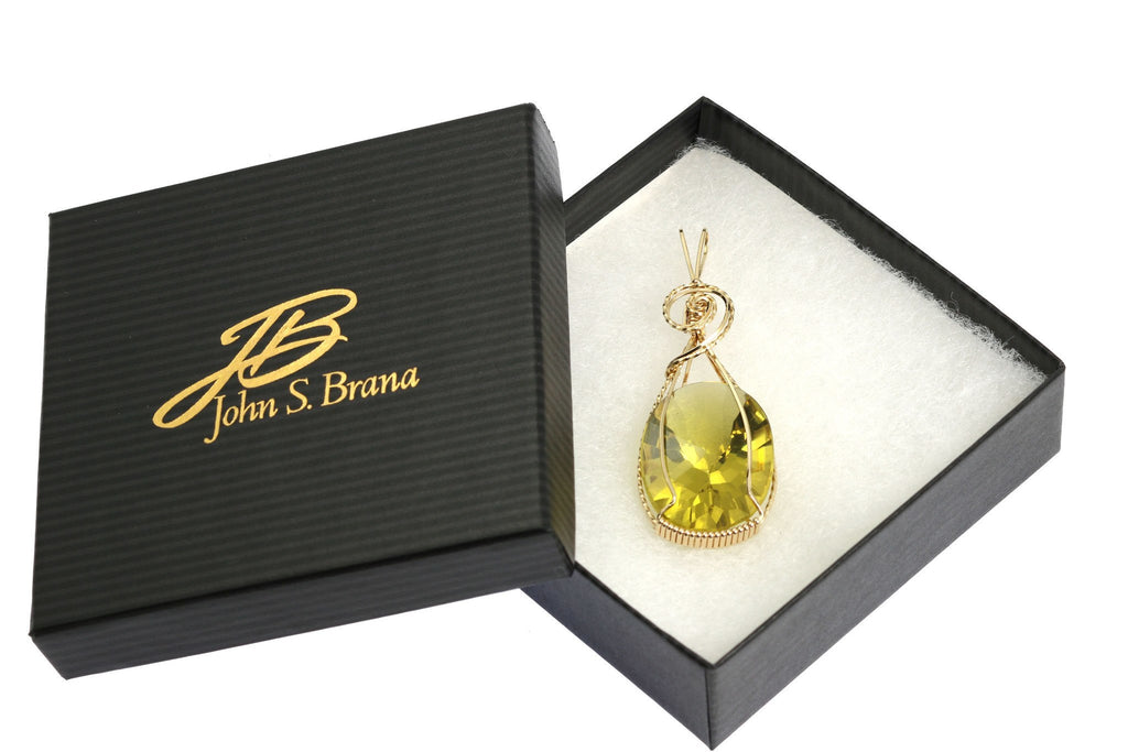 Pendants - 49.5 CT Oval Green Gold Quartz 14K Gold-filled Pendant