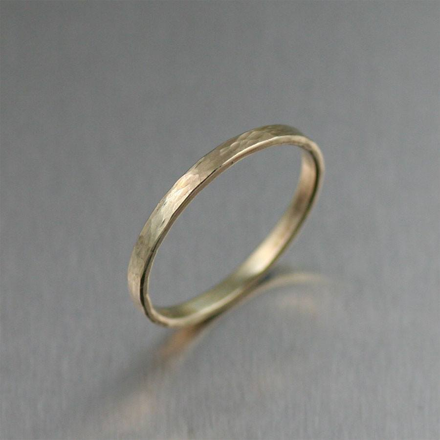 2mm Horizontal Chased 14K Gold Band Ring - johnsbrana